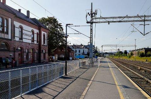 Mjøndalen stasjon har nå fått bredere perrong på spor 2.