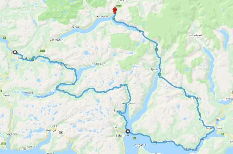 OMKØYRING: Dette er ruta du må køyre for å kome deg til Skei i Jølster frå Førde. Omkøyringa tek tre og ein halv time.