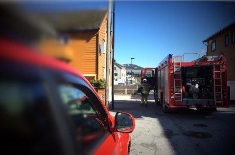 INGEN FARE: Brannutrykning til ein adresse i Florø sentrum, viste seg å vere matlaging.