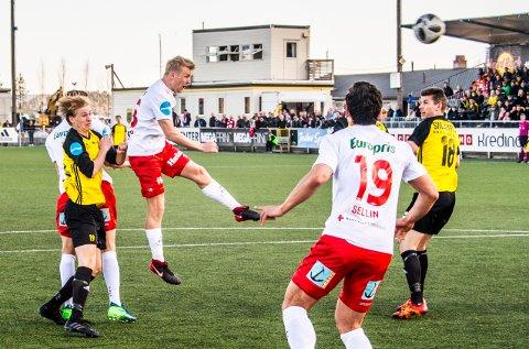 1-1: Filip Westgaards scoring sørget for at FFK fikk en drømmestart på 2. omgang. Høyrebackens heading snek seg inn nede ved stolperoten til Bærums målvakt. (Foto: Geir A. Carlsson)