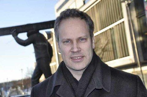 Fredrikstads ordfører, Jon-Ivar Nygård, deltar på myndighetsmarkeringen i Kirkens hus.