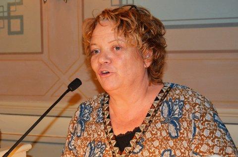 Toppkandidat som ønsker oppløsning: SVs Camilla Eidsvold, her i bystyret i Fredrikstad, vil gjenopprette Østfold så raskt som mulig. (Arkivfoto: Øivind Lågbu) .