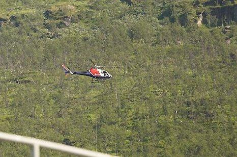 HELIKOPTER: Det blir en del helikoptertrafikk i Fagernesfjellet i anlegget til Narvikfjellet fremover. De holder på med vedlikeholdsarbeid. Arkivfoto