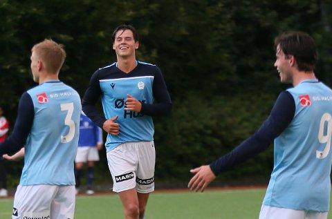 Han er spiss på Sandnes Ulf sitt juniorlag. Nå får Elias Årsvoll muligheten på A-laget.