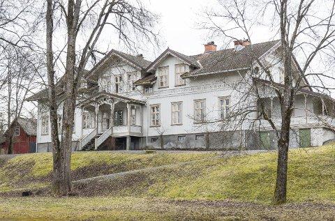 ANMELDELSER: I kjølvannet av konkursen ved Lunderbye Nor hagler det nå med anmeldelser og motanmeldelser fra advokatene.FOTO: JENS HAUGEN