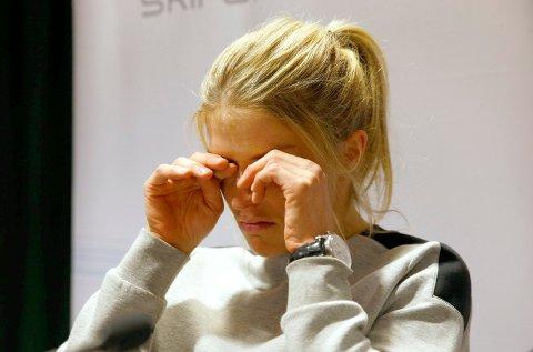 En gråtende langrennsløper Therese Johaug på torsdagens pressekonferanse, etter at det ble kjent at hun er tatt for doping. Foto: Håkon Mosvold Larsen / NTB scanpix