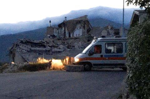 Bygninger er blitt ødelagt av jordskjelvet i Italia. Foto: Reuters / NTB scanpix