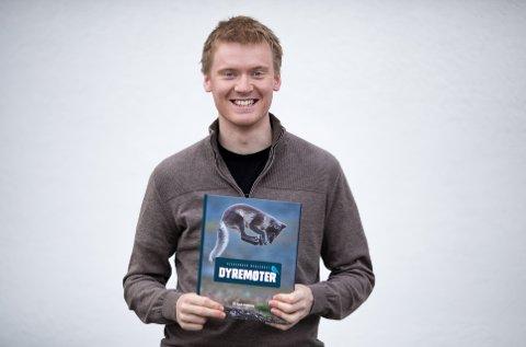 BOKAKTUELL: Aleksander Myklebust er aktuell med bok sin andre bok, Dyremøter.