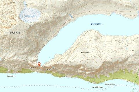 Det ene turfølget ble lokalisert på Bandet (markert), mens kvinnen ble lokalisert på sørsiden for Bessvatnet.
