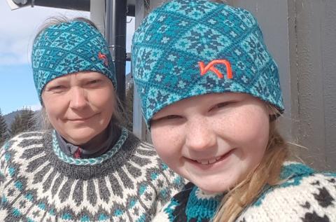 Mor Line Voldbakken fortviler over at datteren Martine Voldbakken Olsen (10) ikke får penger for statistjobben.