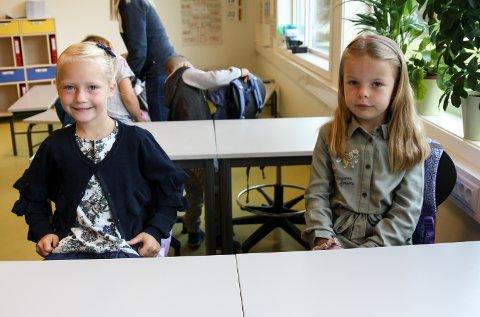 GLEDET SEG: Sofie Lie (6) og Mathea Lien Mellem (6) har gledet seg til alt.