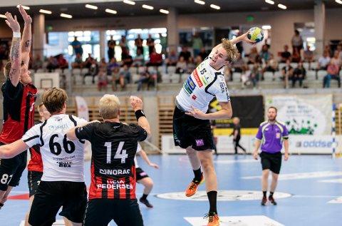 Kristian Strandsen scoret ni mål for HTH.