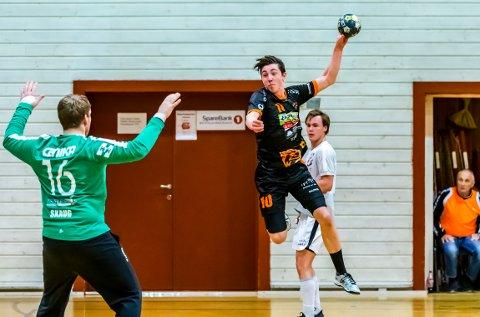 IMPONERTE: Kasper Lien (18) kom inn på sin høyrekant og imponerte med flere herlige avslutninger.