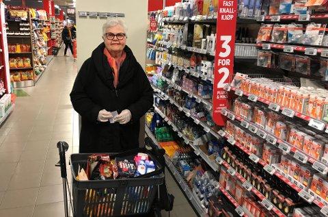 TAKKNEMLIG: Ingrid Fjeldsgaard får ikke fullroset det spesialtilpassed handletilbudet i matburikken. (Foto: Thor Fremmerlid)