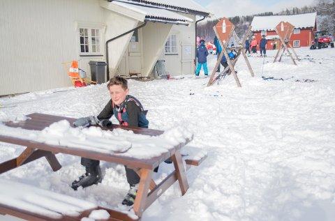 PAUSE: Emil Nordtun tar en pust i bakken.