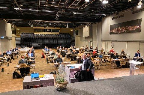SJU TIMER: Det siste bystyremøtet i året varer ofte lenge. Da skal jo budsjettet vedtas. På grunn av covid-19 ble møtet flyttet til Maritim Hall.