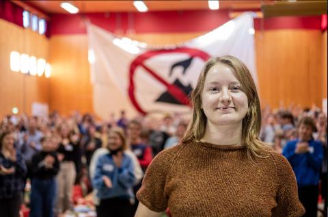 MOTSTAND: Therese Hugstmyr Woie fra Natur og Ungdom sier de blant annet vil sette opp leir i Kvalsund for å protestere mot Nussir.