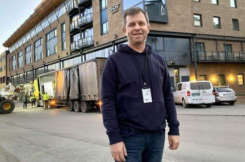 GRÜNDEREN: Lars Hansen og Polar Energi på Ibestad har satt i drift Hansens egenutviklede løsning i Thon-hotellet i Harstad. – Klima går fremfor alt. Jeg kunne solgt teknologien flere ganger og tjent masse penger. Men den er ikke til salgs, sier han.