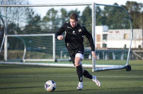 Roger Blokhus Ekeland frå Kvinnherad er plassert på 23. plass over dei beste lokale mannlege fotballspelarane for 2017. (Arkivfoto: Sunnhordland).