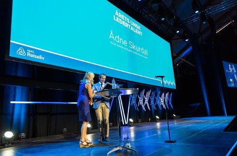 Skurdal mottok prisen foran 500 deltakere på NHO Reiselivs årskonferanse i Sørlandshallen i Kristiansand onsdag.