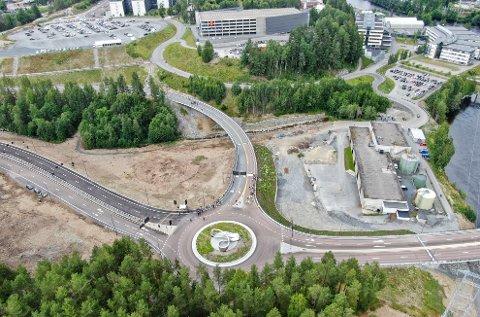 E134: Slik ser deler av den nye europaveien ut. Her i nærheten av Kongsberg sentrum.