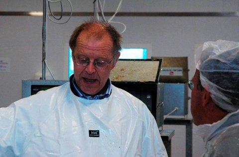 BEDRE VEI: Bedriftseier Roger Mosseng ber Vestvågøy kommune bidra til bedre tilrettelegging i Mortsund.