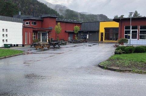 SMITTE: Tre elever ved Byremo videregående skole er påvist smittet av korona.