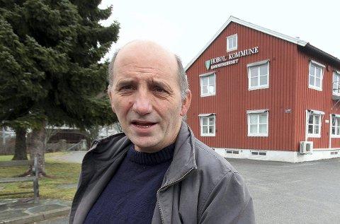 Vil ha svar: Frps fylkestingsrepresentant, Håvard Jensen, vil vite hvordan  Viken Frp følger opp Råde Frps nei til pol i bygda.