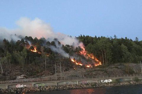 En observant leser har sendt oss dette bildet fra brannen.
