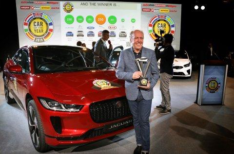 Jaguars sjefdesigner Ian Callum la ikke skjul på sin begeistring for at Jaguar I-PACE ble kåret til årets bil i Europa. Det er første gang den britiske bilprodusenten Jaguar vinner kåringen, og de vinner med en elbil.