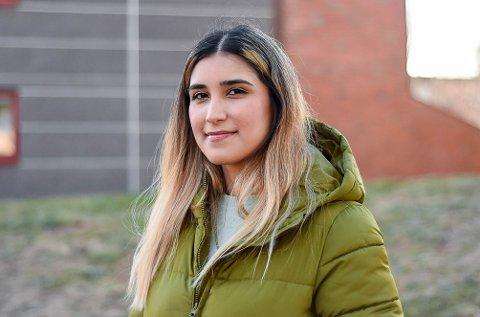 UTVIKLING: Til tross for master, fast jobb og sparepenger, trengte Noshin Rad (29) foreldrehjelp på boligmarkedet. Hun frykter utviklingen og hvordan dette påvirker unge.