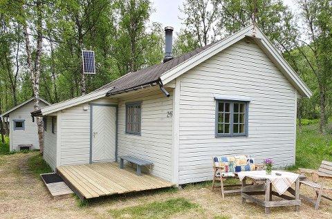 FOR SALG: Markedet i Troms og Finnmark har eksplodert i år, og folk saumfarer netter på hyttejakt. Denne hytta i Tønsvikdalen ble lagt ut for salg forrige uke.