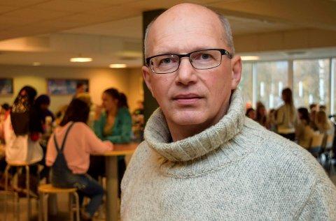 ARBEIDSLIVSFAG: Arne O. Walbye fra Hov er med på å utforme ny læreplan for arbeidslivsfag i norske ungdomsskoler.