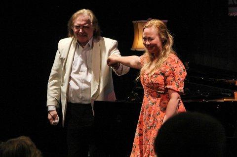 STEPPET INN: Einar Steen-Nøkleberg var klar, men Marita Kvarving Sølberg måtte på en dags varsel steppe inn for en syk Ingeborg Gillebo, uten at det på noen måte forringet konsertopplevelsen.
