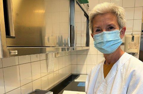 TA KONTAKT: Vaksinekoordinator Tove Lillejordet ber om at de som kan ta tredje dose koronavaksine tar kontakt. FOTO: NORDRE LAND KOMMUNE