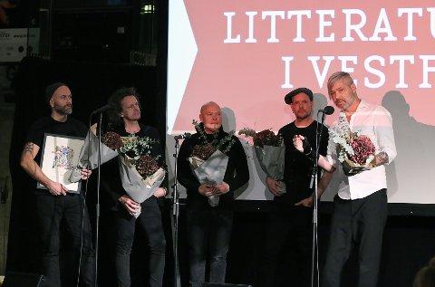PRISFEST KOMMER: Fra overrekkelse av det som da het «Kunstnerprisen i Vestfold» i 2019, som gikk til rockebandet Seigmen.