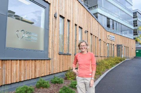 PÅ FLYTTEFOT: Kjeveortoped Annette Nordaas og staben hennes flytter inn i nye lokaler i Hummeldalsvegen