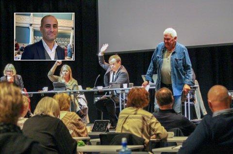 RABALDER: Ordfører Robin Kåss og Gunnar West Sørlie i tottene på hverandre under torsdagens bystyremøte.