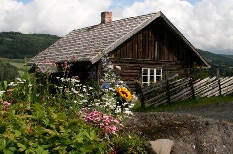 Prøysenhuset åpner igjen 4. juni. Fra 14. juni åpnes det også opp for omvisning i Prøysenstua.
