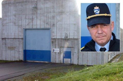TRAGISK: – Det ble forsøkt gjenoppliving lenge, og vi hadde bistand av ambulanse og politi. Det er tragisk, sier fengselsleder Eirik Bergstedt. Politiets granskning  har ikke avdekket brudd i rutinene ved Ringerike fengsel.