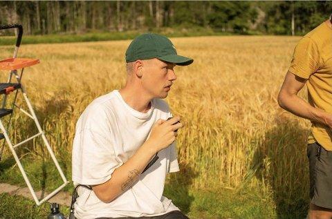 INNSPILLINGSLEDER: Her er Kjetil Jore innspillingsleder på en av mange kortfilmer han har deltatt på.