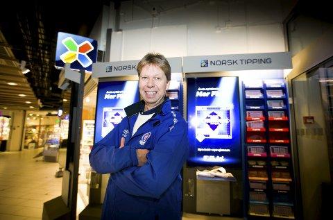 Økt tilskudd: Daglig leder Morten Enersen i Lørenskog idrettsforening gleder seg over at grasrotandelen økte med to prosentpoeng fra 1. januar. Foto: Lisbeth Lund Andresen