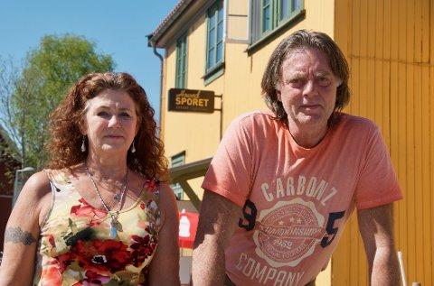 Tina Merthe Foss og Ingar Kaxrud Skaug startet Hovedsportet pub i 2013. I juni gikk selskapet konkurs.