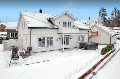 Elgtråkket 8 i Åros gikk for 5,9 millioner kroner.