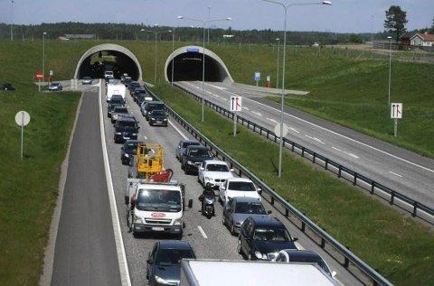 TRAFIKK: Så langt i år har 87 personer mistet livet i trafikkulykker i Norge.