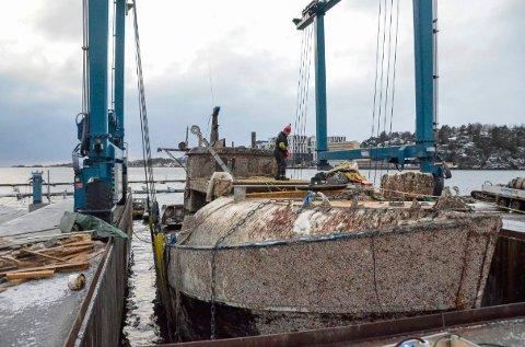 HEVET: Treskøyta «Black Pearl» ble hevet i begynnelsen av januar.