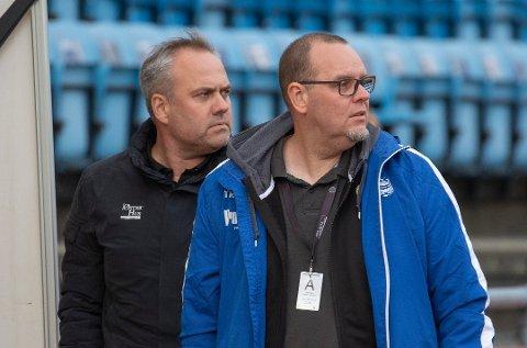Daglig leder Tom Rune Espedal og styreleder Terje Hopen på Sandnes stadion.