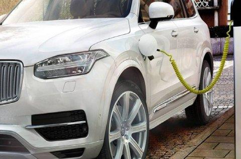 Salget av biler med hybrid drivlinje økte med hele 71 prosent i juli sammenlignet med samme periode i fjor.