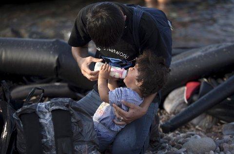 *** Local Caption *** Barn blir mest påvirket av kriser når de ser bilder av andre barn.