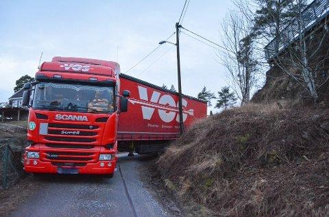 Slik sto vogntoget etter at Viking hadde prøvd i flere timer å få det løs.